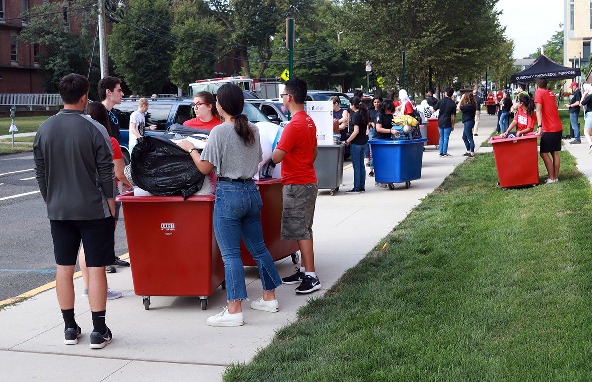 Honors College Move In Day 2019